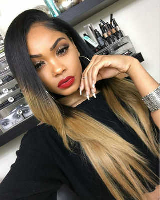 "24"" Straight Long Wigs For African American Women The Same As The Hairstyle In The Picture"
