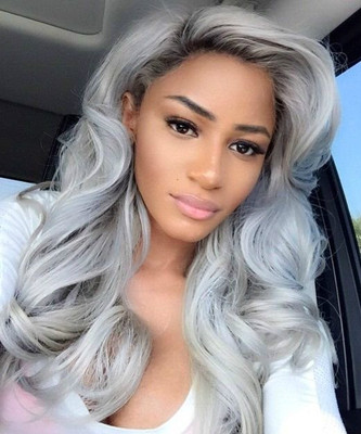 "20"" Wavy Grey Wigs For African American Women The Same As The Hairstyle In The Picture"