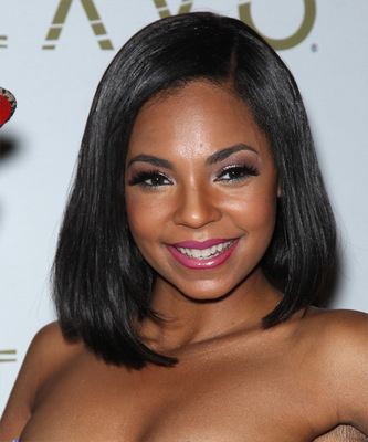 "14"" Straight Bob Wigs For African American Women The Same As The Hairstyle In The Picture"