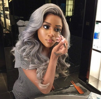 "24"" Wavy Grey Wigs For African American Women The Same As The Hairstyle In The Picture"