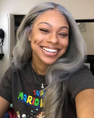 "24"" Grey Wigs For African American Women The Same As The Hairstyle In The Picture"