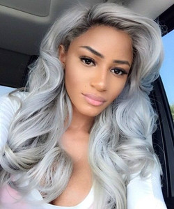 20 Inch Wavy Gray Wigs For African American Women The Same As The Hairstyle In The Picture jb